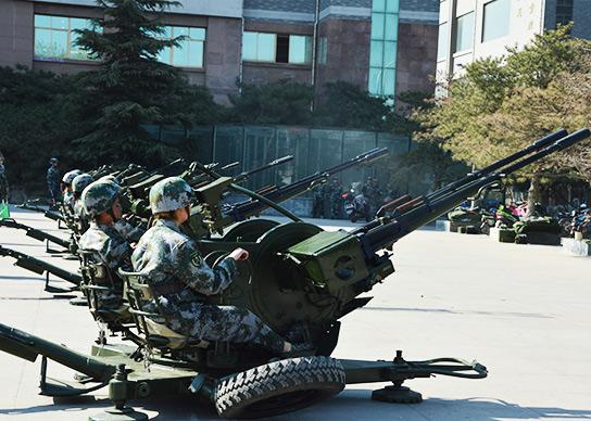 女子高炮连训练|蓝翔技校
